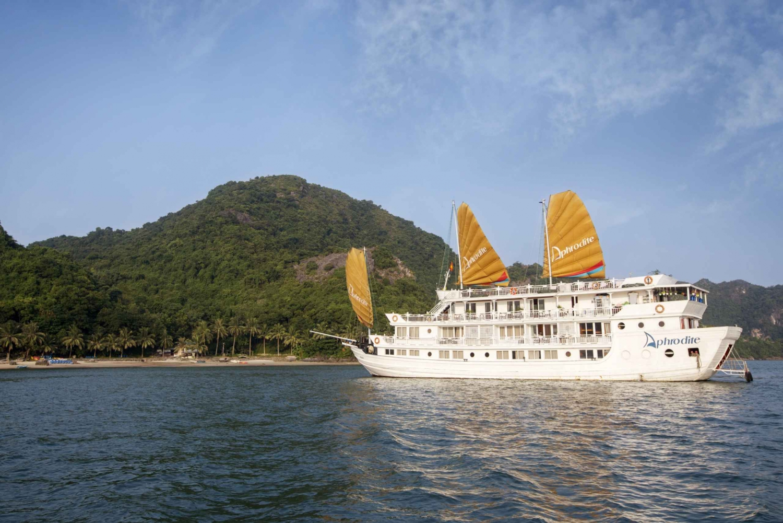 Halong Bay: Amazing 2-Days 1-Night with Aphrodite Cruise