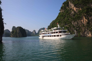 Halong Bay: Overnight Cruise With Meals