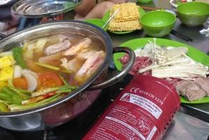 Hanoi: 5-Hour Street Food Tour by Motorbike