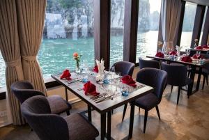 Hanoi: 8-Hour Ha Long Bay and Lan Ha Bay Luxury Cruise Tour
