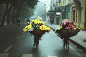 Hanoi: Amazing Morning Biking Tour