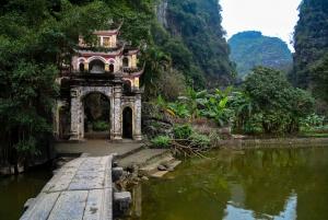 Hanoi: Hang Mua, Tam Coc, and Bich Dong Pagoda Tour