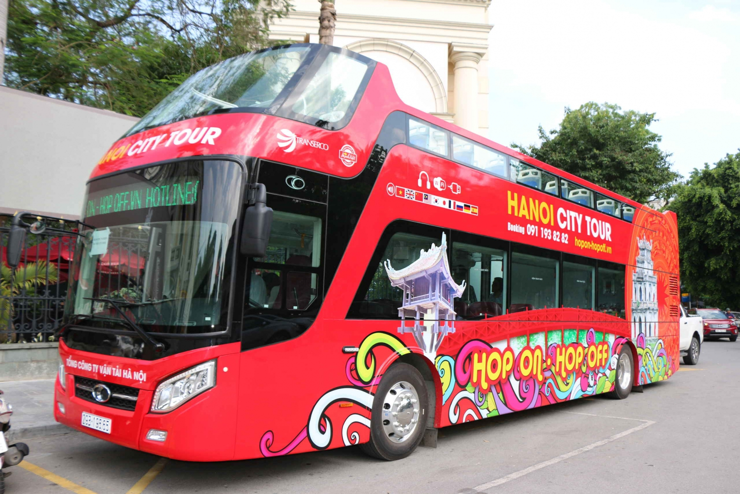 Hanoi: Hop-on Hop-off 24-Hour Bus Tour with Live Commentary