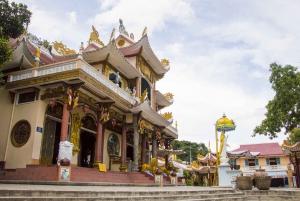 Ho Chi Minh City: Cao Dai Temple & Black Lady Mountain Tour