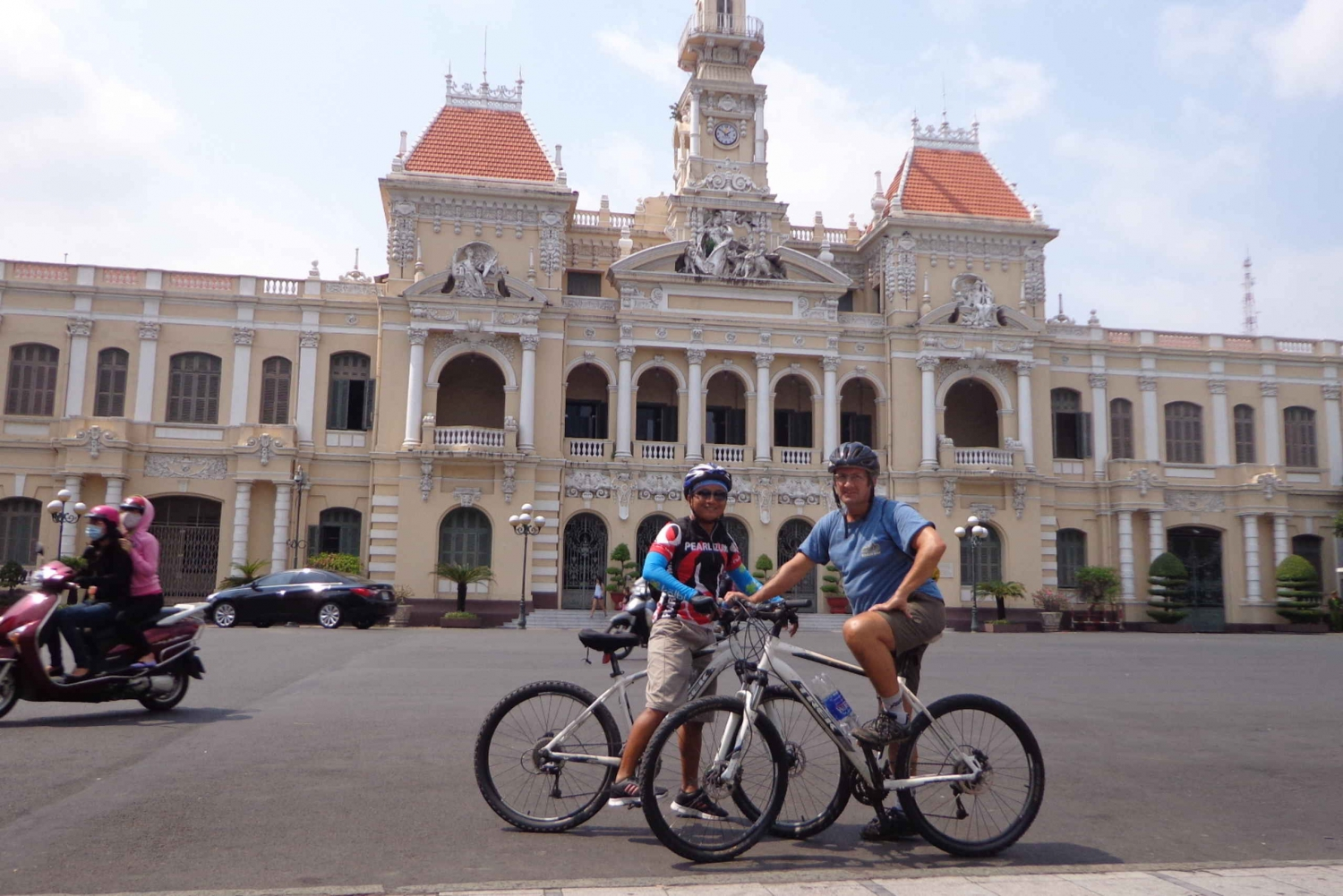 Ho Chi Minh City Full-Day Tour by bike