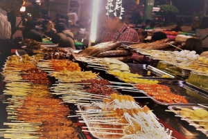Ho Chi Minh City: Half-Day Walking Foodie Tour