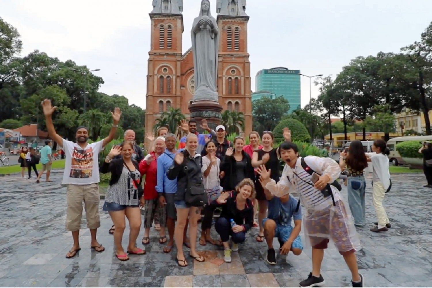 Ho Chi Minh City: Private Guided Sightseeing & History Tour