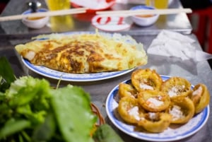 Ho Chi Minh City: Private Street Food Evening Walking Tour