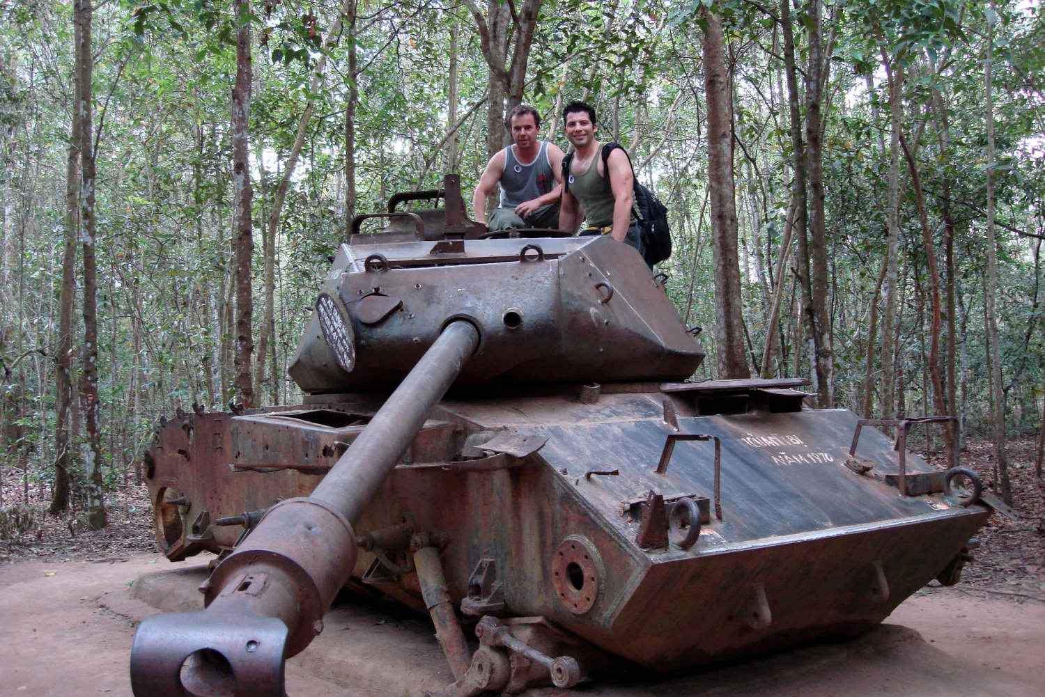 Ho Chi Minh: Cu Chi Tunnels Motorbike Excursion