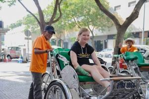 Ho Chi Minh: Saigon Night Tour with Buffet Dinner Cruise