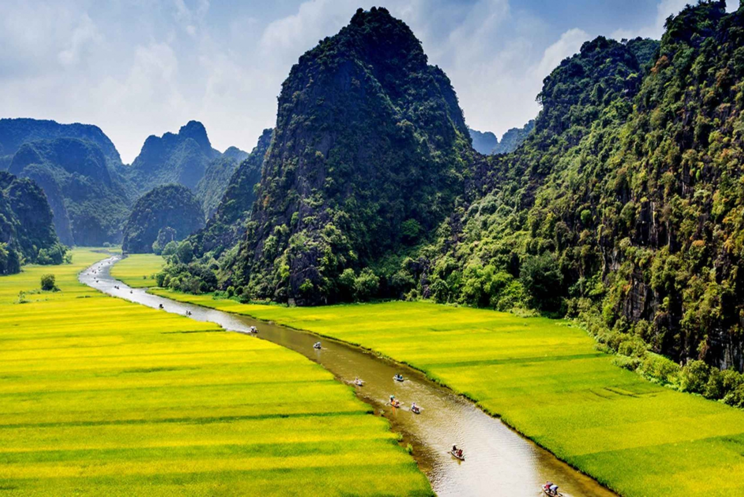 Hoa Lu and Tam Coc Full-Day Bicycle Tour from Ha Noi