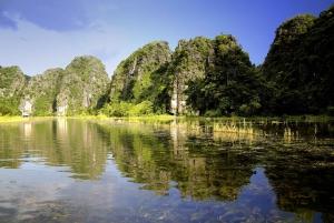 Hoa Lu, Mua Cave and Trang An Small-Group Boat Tour