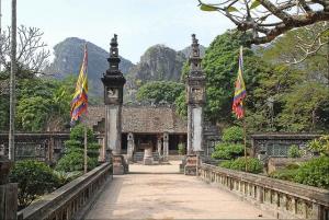 Hoa Lu Tam Coc Full-Day Trip from Hanoi