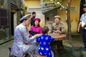 Hoi An Cyclo Tour in Vietnamese Traditional Ao Dai