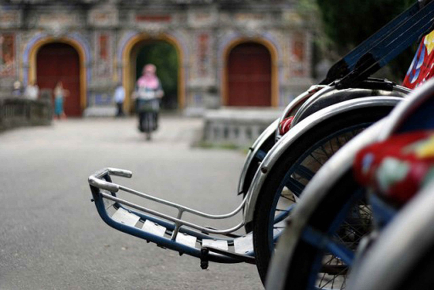 Hue City by Cycle Rickshaw: Half-Day Private Tour