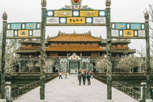 Hue: Imperial City Private Walking Tour