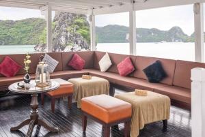 Luxurious Halong Day Cruise Tour on Paradise Explorer Boat