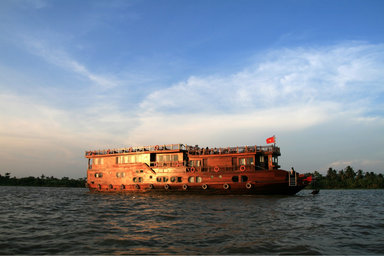 Mekong Delta 2-Day Cruise from Saigon or Phu Quoc