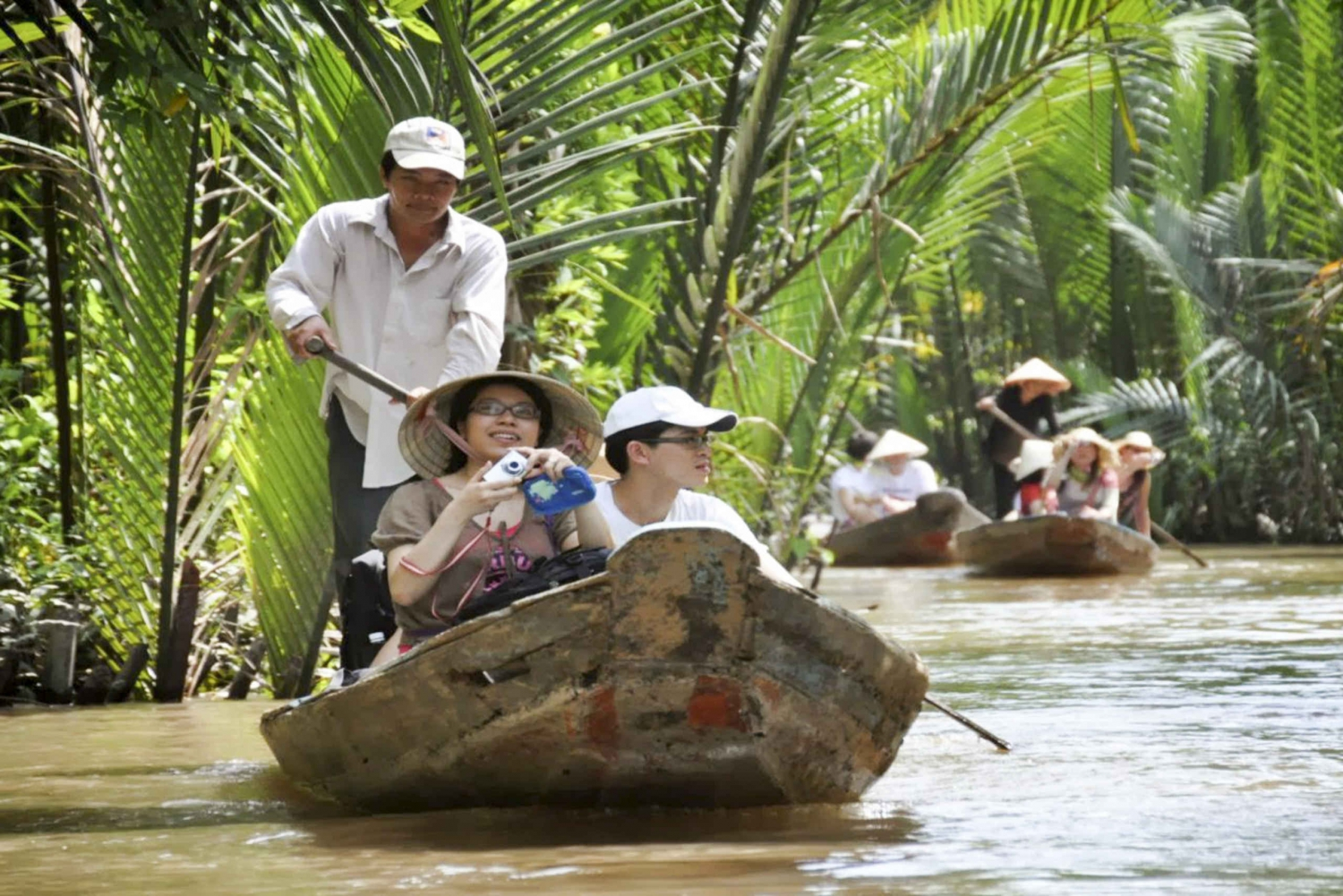 Mekong Delta Full-Day VIP Tour With Transfers by Limousine
