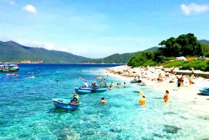 Nha Trang: Islands Tour and Snorkeling