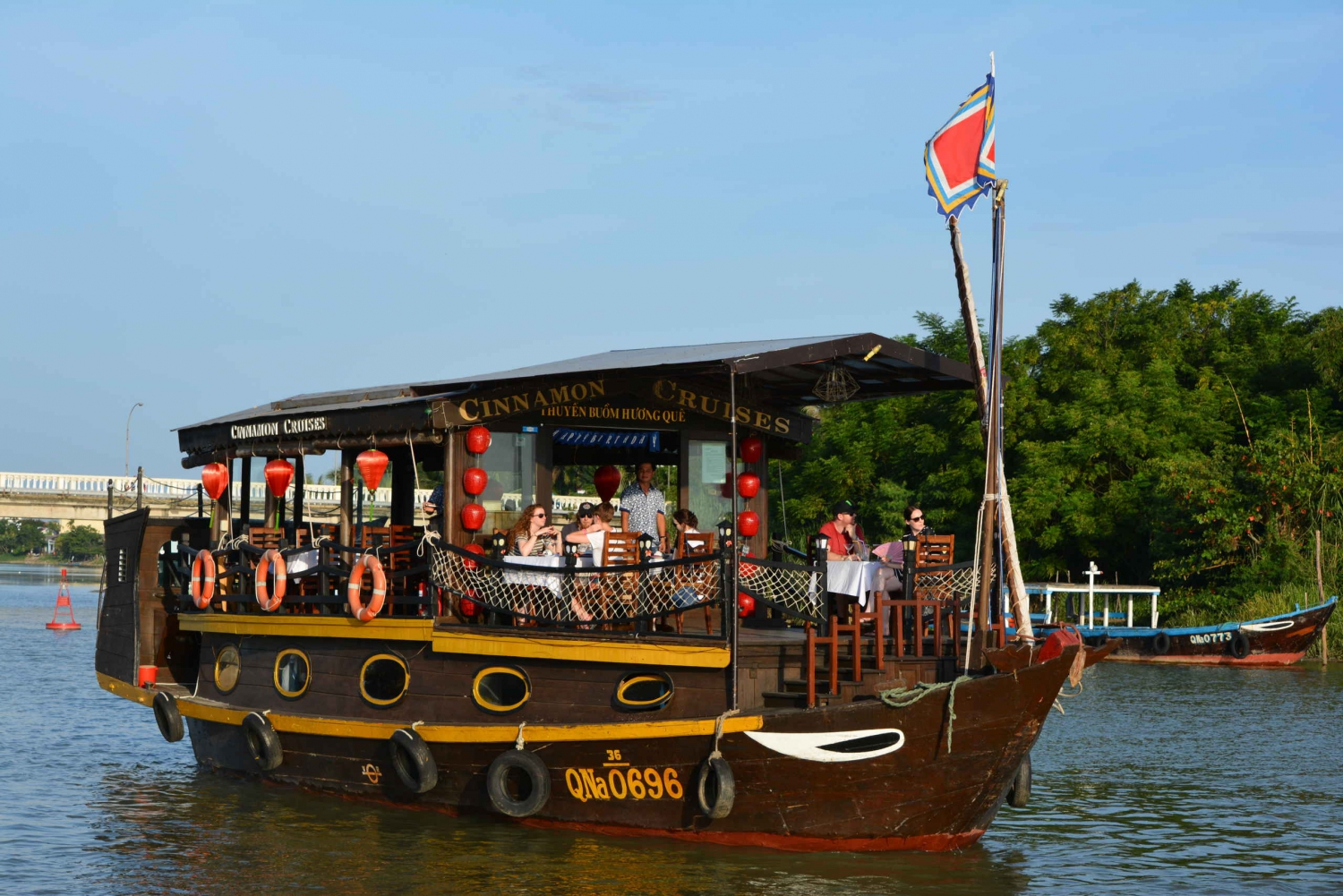 Romantic Sunset Dinner Cruise in Hoi An