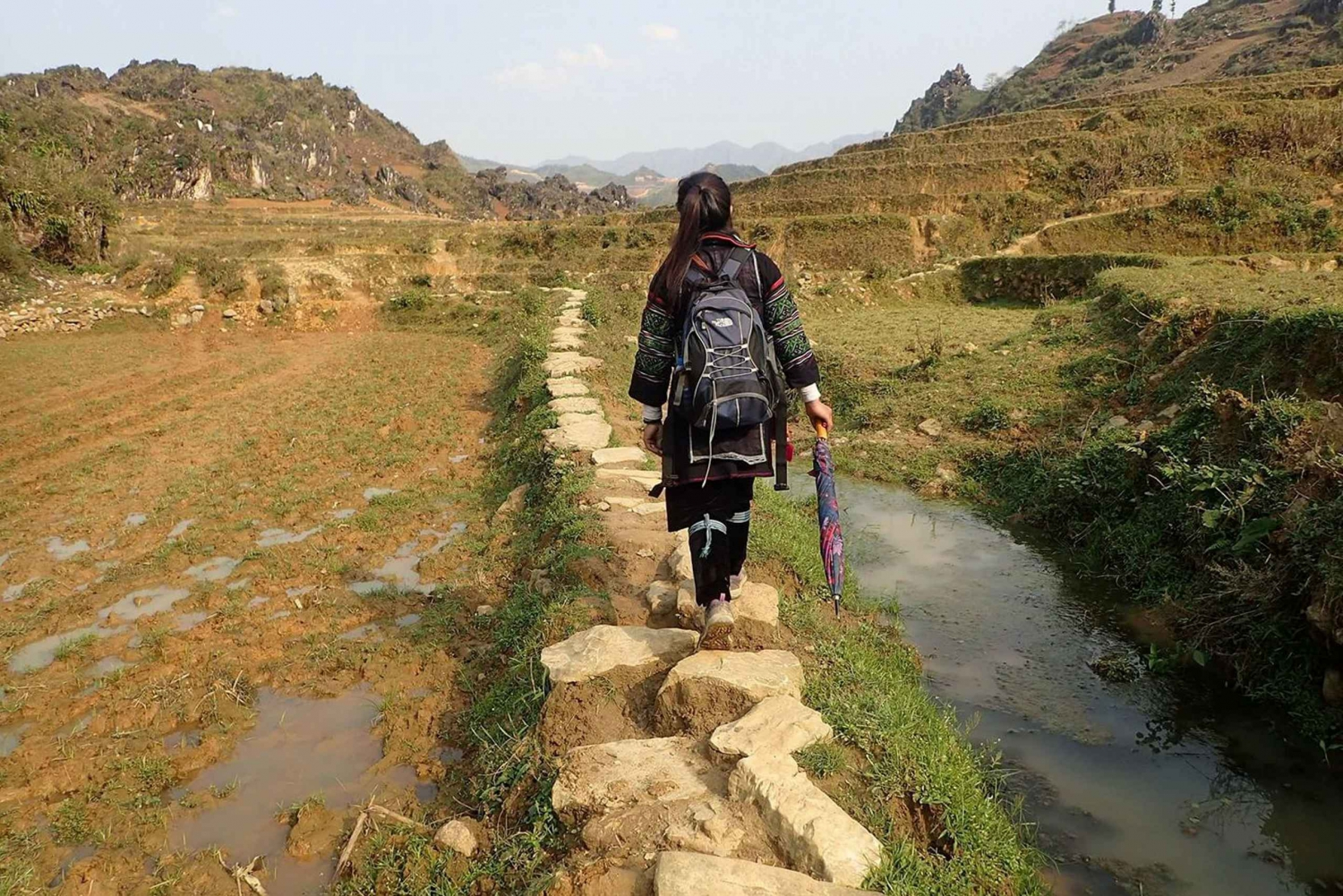 Sa Pa: 2 Day Trekking, Night Market and Cooking Class Tour