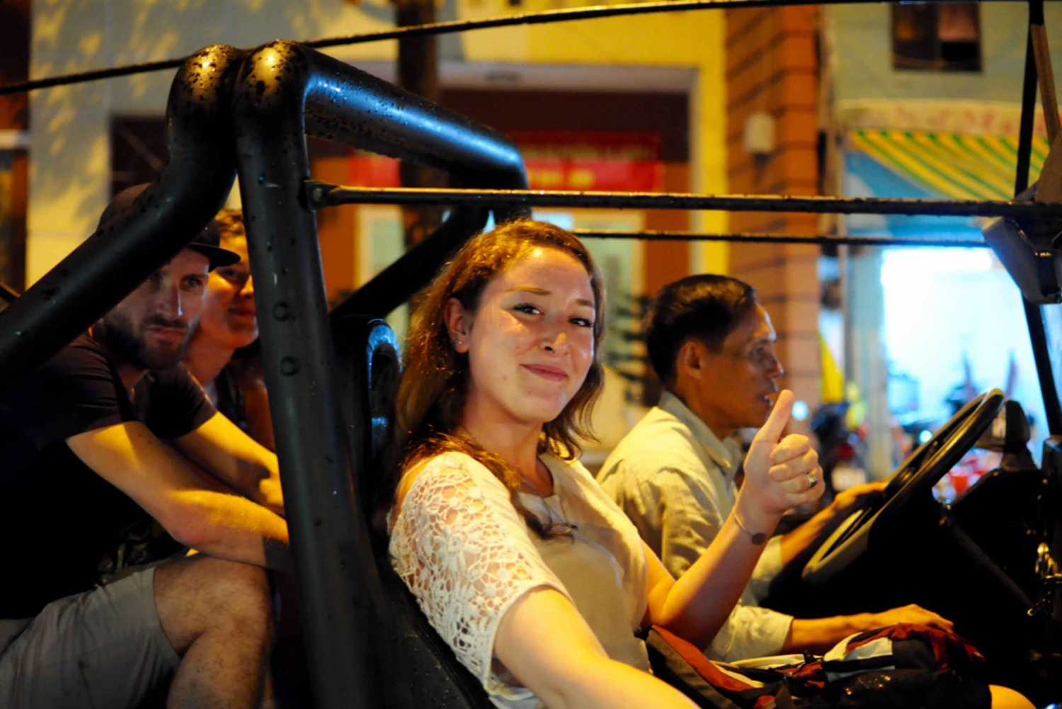Saigon: Private Food Tour Discovery & City Tour by Jeep