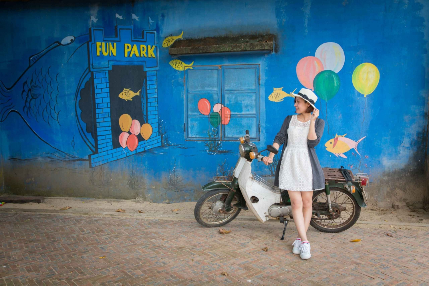 Tam Thanh: Mural Village Tour from Da Nang