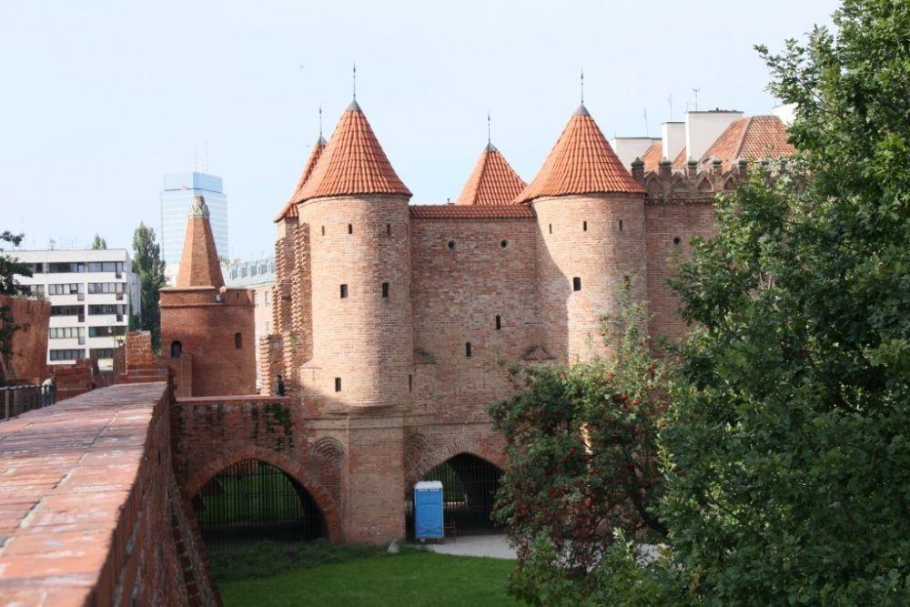 المعالم السياحية في وارسو حصن وارسو