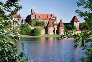 Castle of the Teutonic Oder in Malbork Full Day Tour