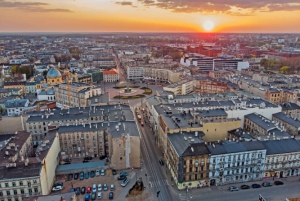 Lodz: Full Day Tour from Warsaw by Private Car