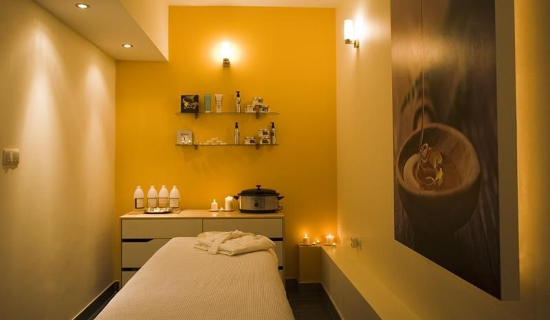Oasis Beauty Day Spa in Warsaw | My Guide Warsaw