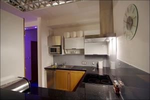 Arkadia 12 Kitchen