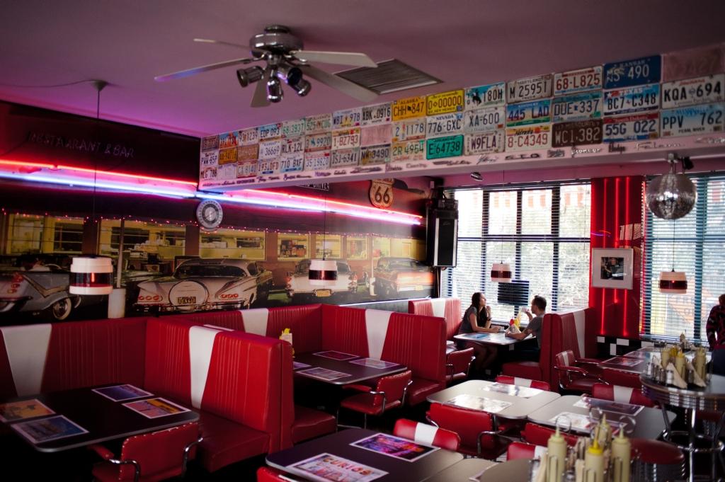 Pink Flamingo Bar & Restaurant