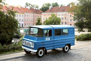Private Tour Warsaw in a Nutshell by Retro Minibus