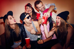 Pub Crawl with 1-Hour Unlimited Drinks