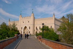 Warsaw: 12-Hour Guided Private Tour to Majdanek and Lublin