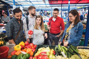 Warsaw: 3-Hour Breakfast Market Food Tour with Drinks