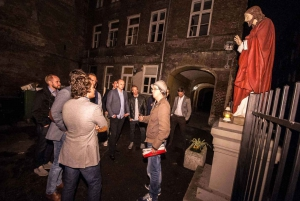 Warsaw: Evening History and Pubs Tour by Retro Minibus