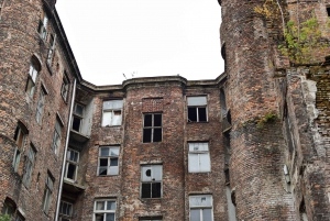 Warsaw Ghetto Private Walking Tour with Hotel Pickup