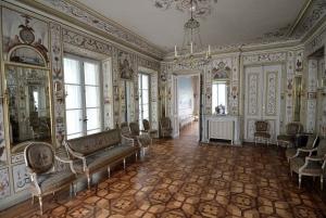 Warsaw: Lazienki Park & Museum of the History of Polish Jews