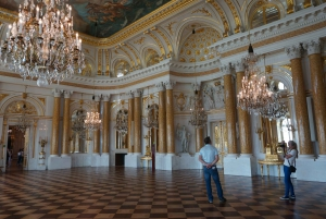 Warsaw: Old Town and Royal Castle Tour