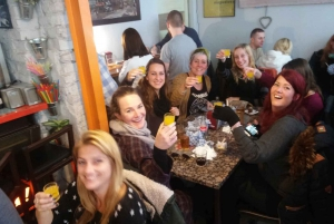 Warsaw: Private Food and History Tour in a Retro Minibus