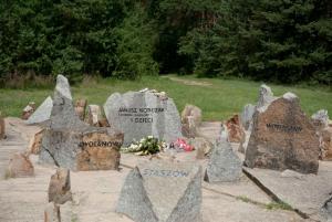 Warsaw: Small-Group Tour to Treblinka Extermination Camp