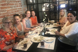 Warsaw: Traditional Polish Food and Sightseeing Private Tour