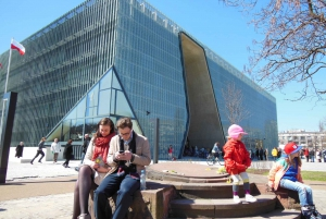 Warsaw: Warsaw Ghetto Private Walking Tour with Hotel Pickup