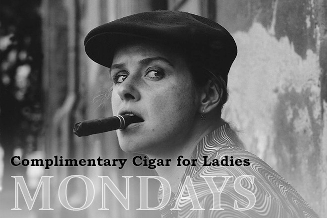 LADIES MONDAY´S IN BAR AND BOOKS