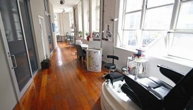 Pearl Hair Design and Day Spa