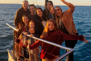 Airlie Beach: 2-Hour Sunset Cruise with Sparkling Wine