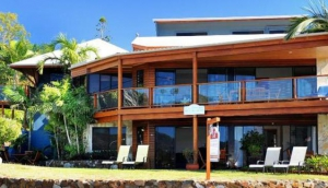 Airlie Waterfront Bed & Breakfast Airlie Beach